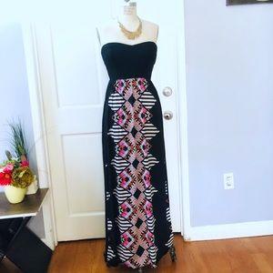 2B BeBe Strapless Abstract print Maxi Dress